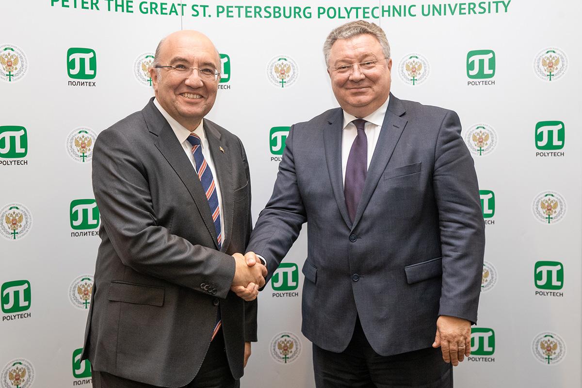 Чрезвычайный и полномочный посол Турецкой Республики посетил СПбПУ