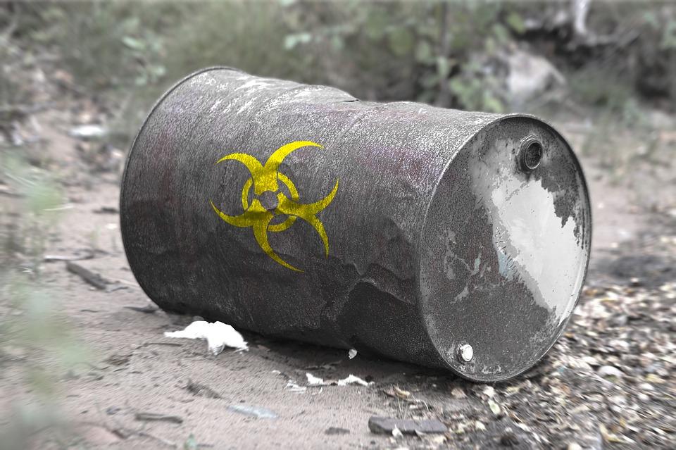 Ученые СПбПУ придумали, как извлечь пользу из токсичных отходов