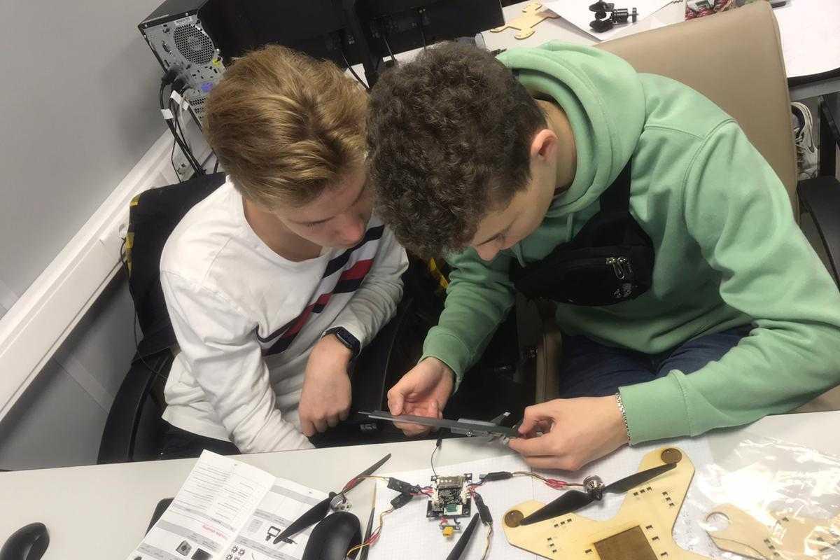 Политех и Газпром-классы: как ученые помогают школьникам достигать высоких результатов