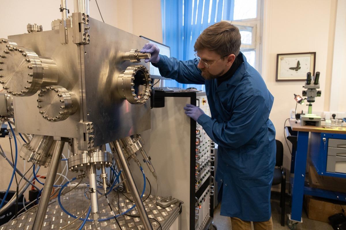 Ученые создали легкий и прочный материал для космических аппаратов