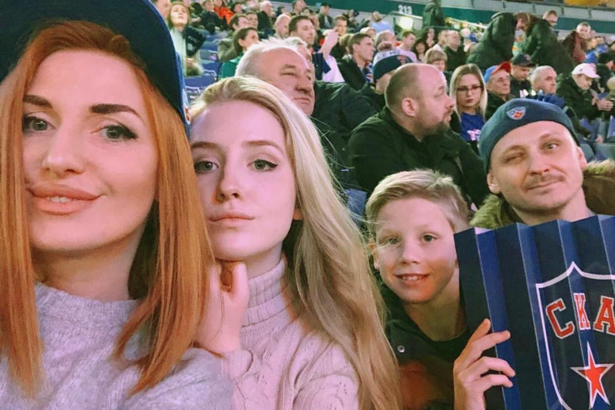 Марианна Юрьевна с супругом и детьми