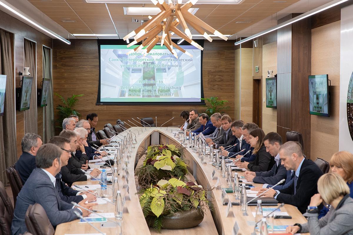 В Политехе прошло заседание Международного научного совета
