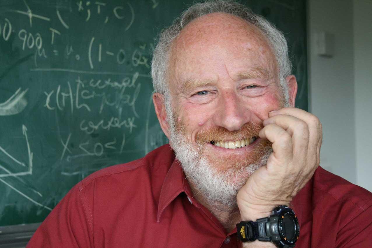 Профессор Кембриджа Герберт Хупперт о «совах», вулканической лаве и экспериментах с медом