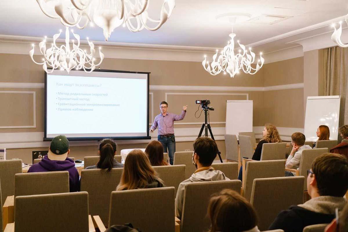 Андрей Мурачёв презентовал книгу в Политехе