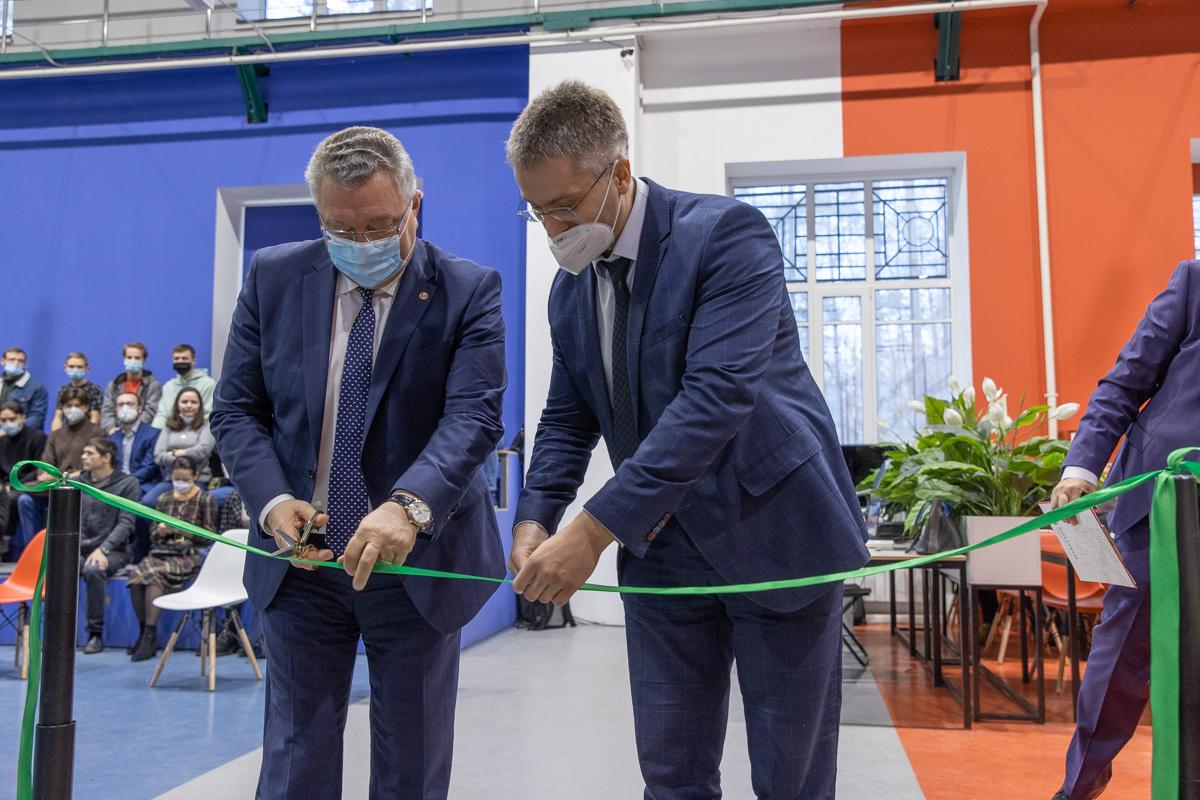 В Политехе открылось студенческое конструкторское бюро для будущих специалистов «Силовых машин»