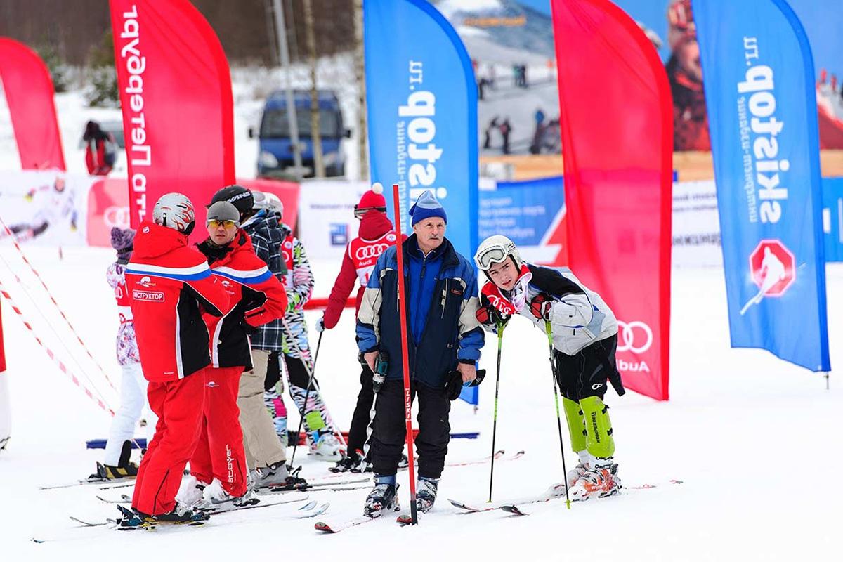 Николай Михайлович возглавляет в Политехе секцию горных лыж